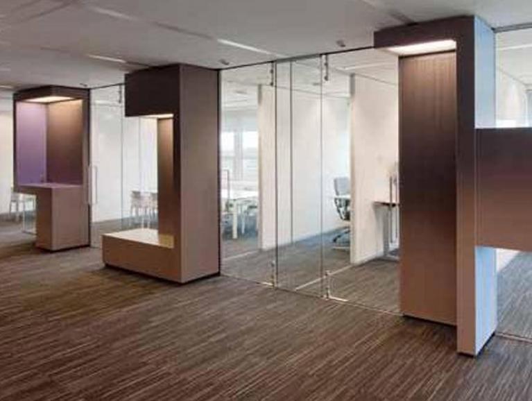 SYSTEMS CLIP-IN | Geluiddempende esthetische glazen scheidingswanden | Saint-Gobain Building Glass