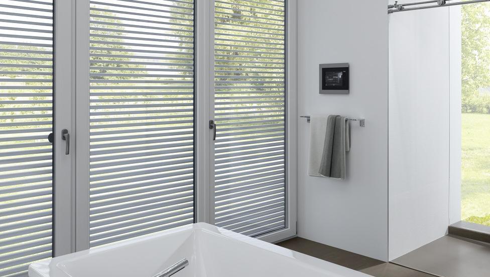 Geniet meer van je badkamer door te kiezen voor TIMELESS GLASS SHOWER