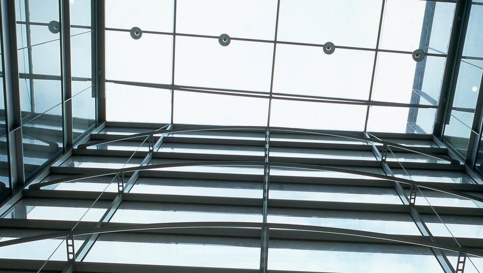 Puntbevestigingen voor glazen constructies | SPIDERGLASS POINT
