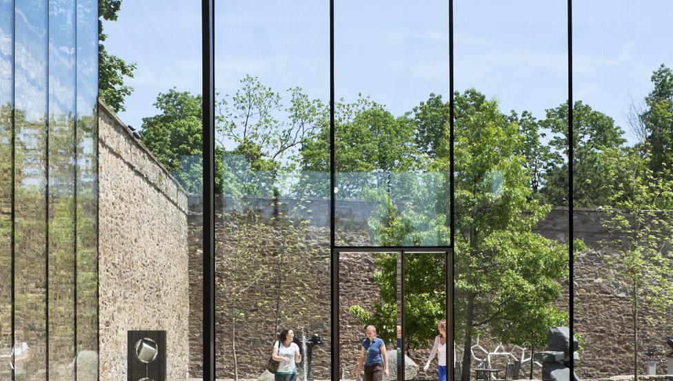 Overlength Glass | Saint-Gobain Building Glass