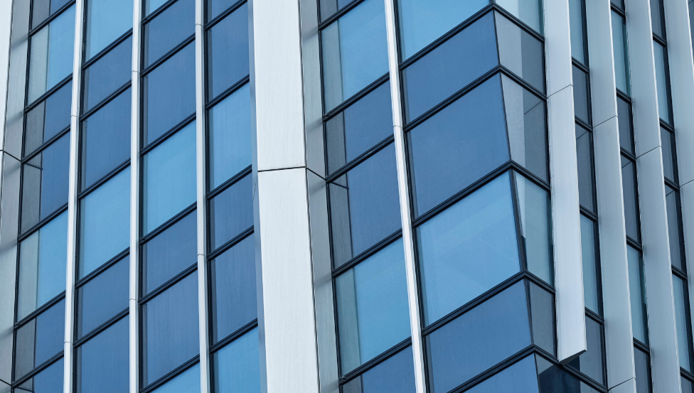 Kantoorgebouw met COOL-LITE SKN 165 | Saint-Gobain Building Glass