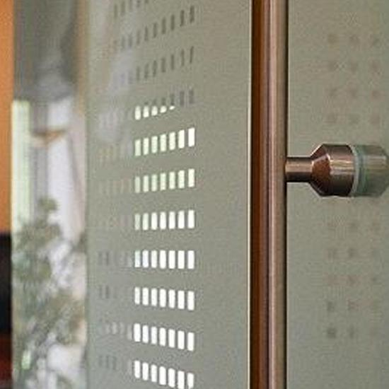Glazen deuren van gehard glas | Saint-Gobain Building Glass